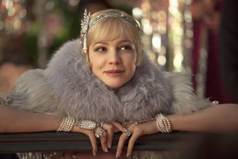 Carey Mulligan como  Daisy Buchanan en El Gran Gatsby. 2013. © Warner Bros/ Village Roadshow.